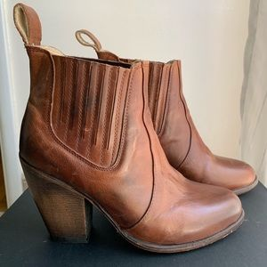 FreeBird Steve Madden leather high heel booties